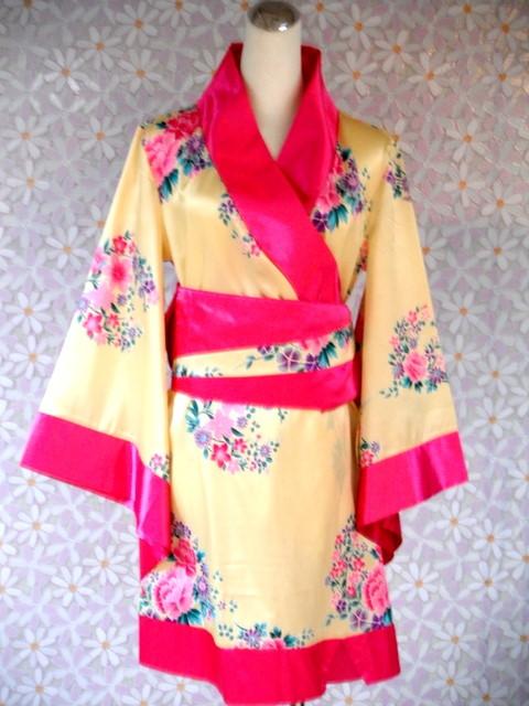 日韓-4-粉黃短和服